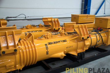 Image of the Hera D30 diesel pile driver